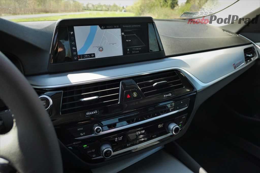 BMW 5 9 1024x683 Odkryj z nami auto: BMW Serii 5 (518d)