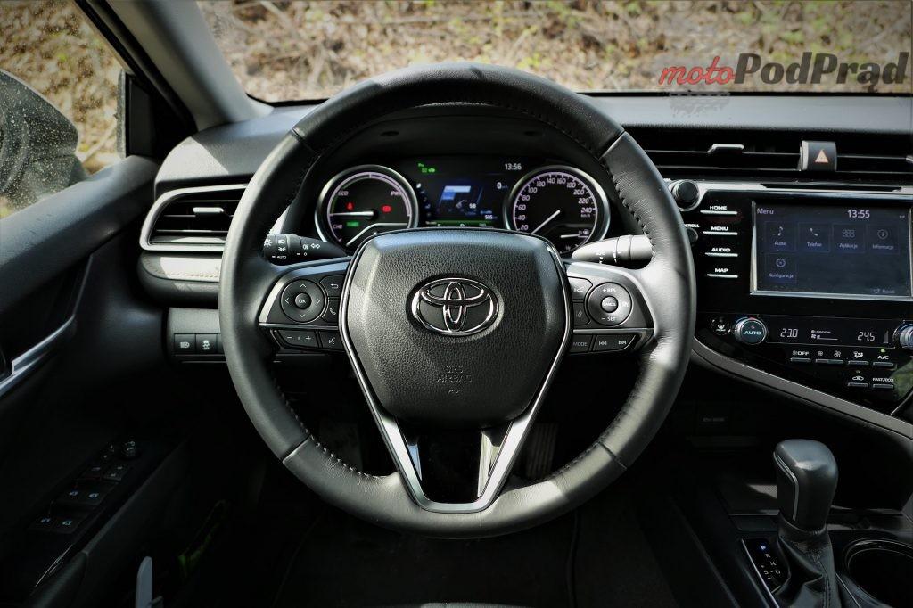 Toyota Camry 19 1024x682 Odkryj z nami auto: Toyota Camry