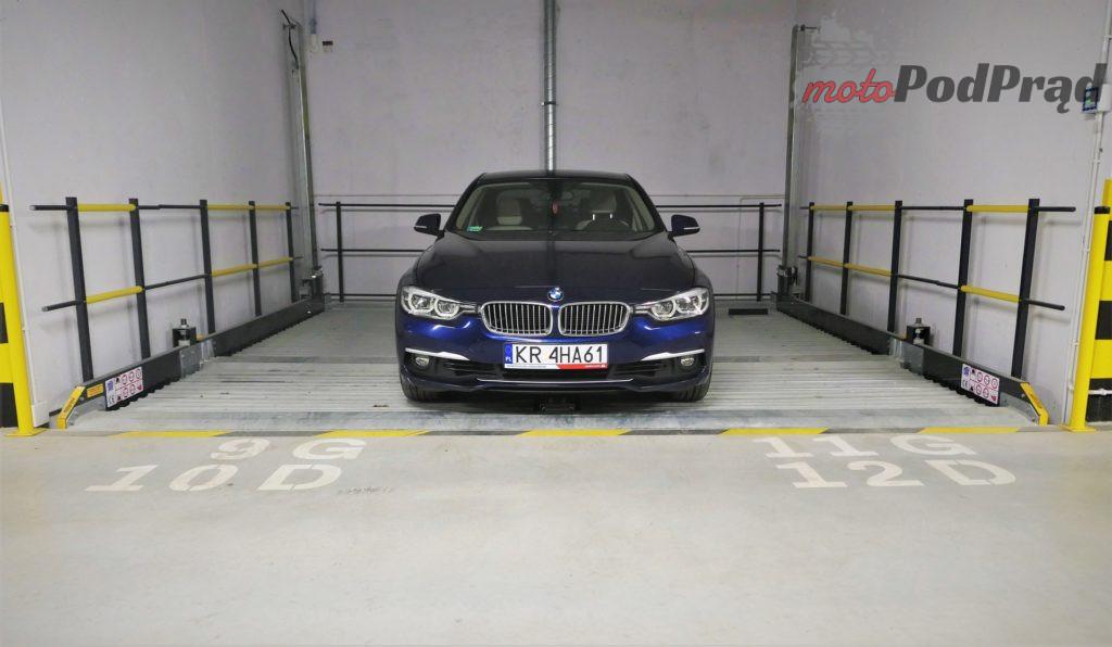 BMW 330e 1 1024x596