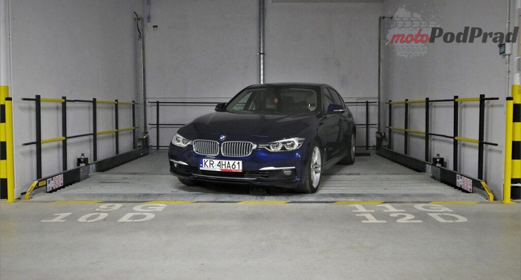 BMW 330e 34 1024x552