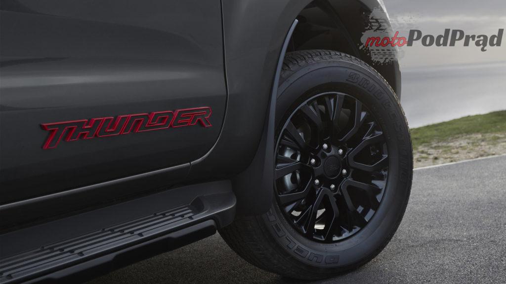 Ford Ranger Thunder Edition 6 1 1024x576 Pickup dla miłośników mrocznych klimatów – Ford Ranger Thunder