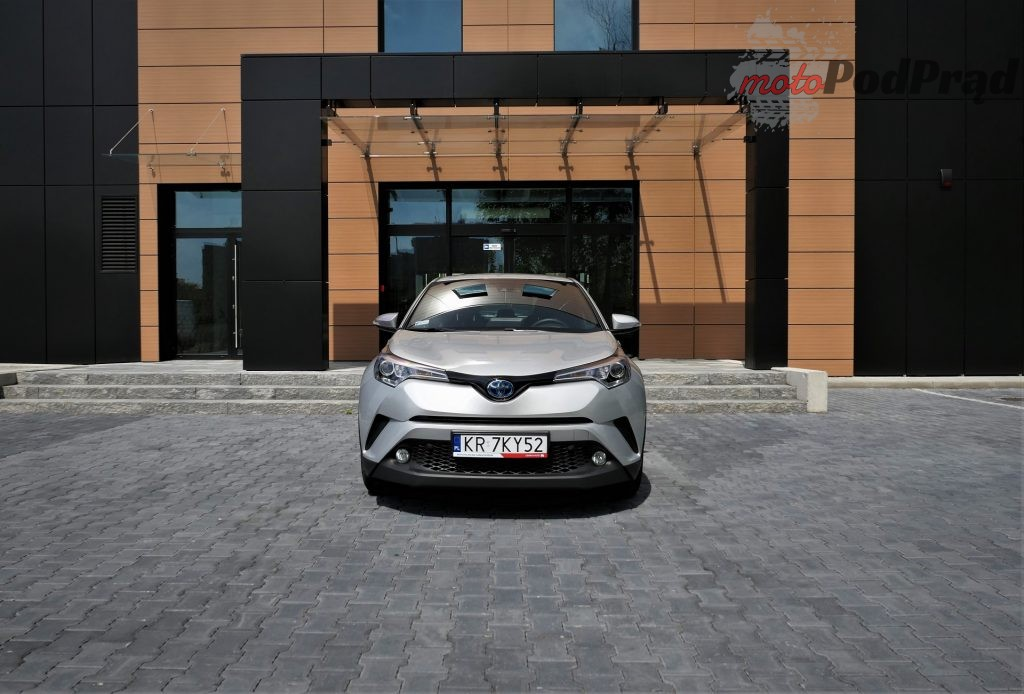 Toyota C hr 12 1024x694 Odkryj z nami auto: Toyota C hr Hybrid