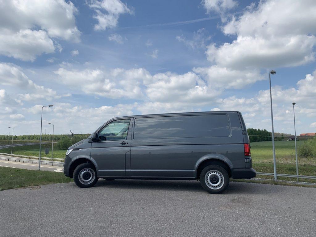 Volkswagen Transporter 1 1024x768 Test: Volkswagen Transporter   zakładamy firmę!