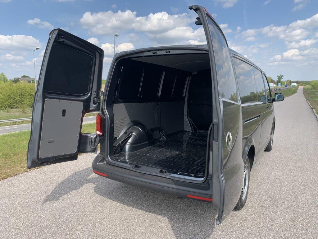 Volkswagen Transporter 15 1024x768 Test: Volkswagen Transporter   zakładamy firmę!