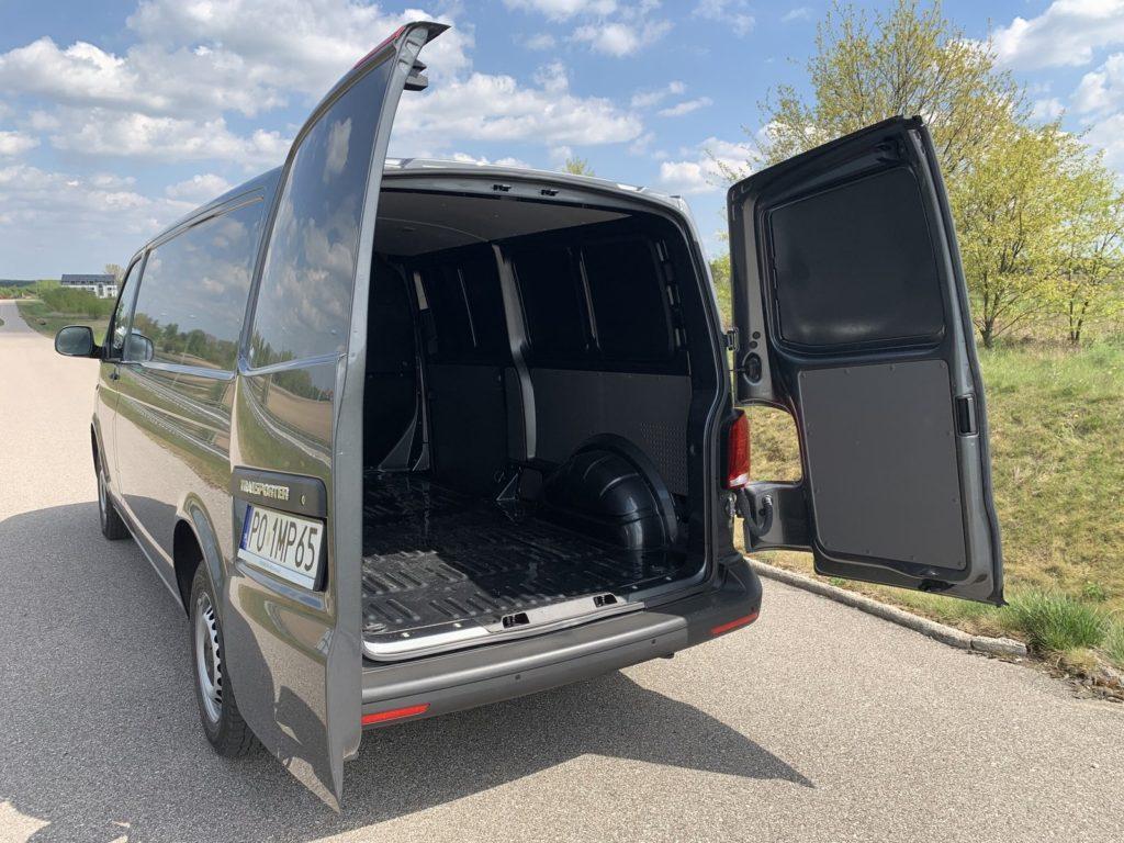 Volkswagen Transporter 16 1024x768 Test: Volkswagen Transporter   zakładamy firmę!
