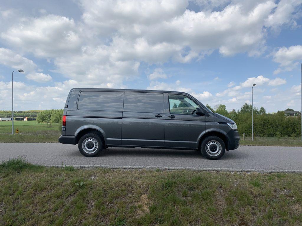 Volkswagen Transporter 2 1024x768 Test: Volkswagen Transporter   zakładamy firmę!
