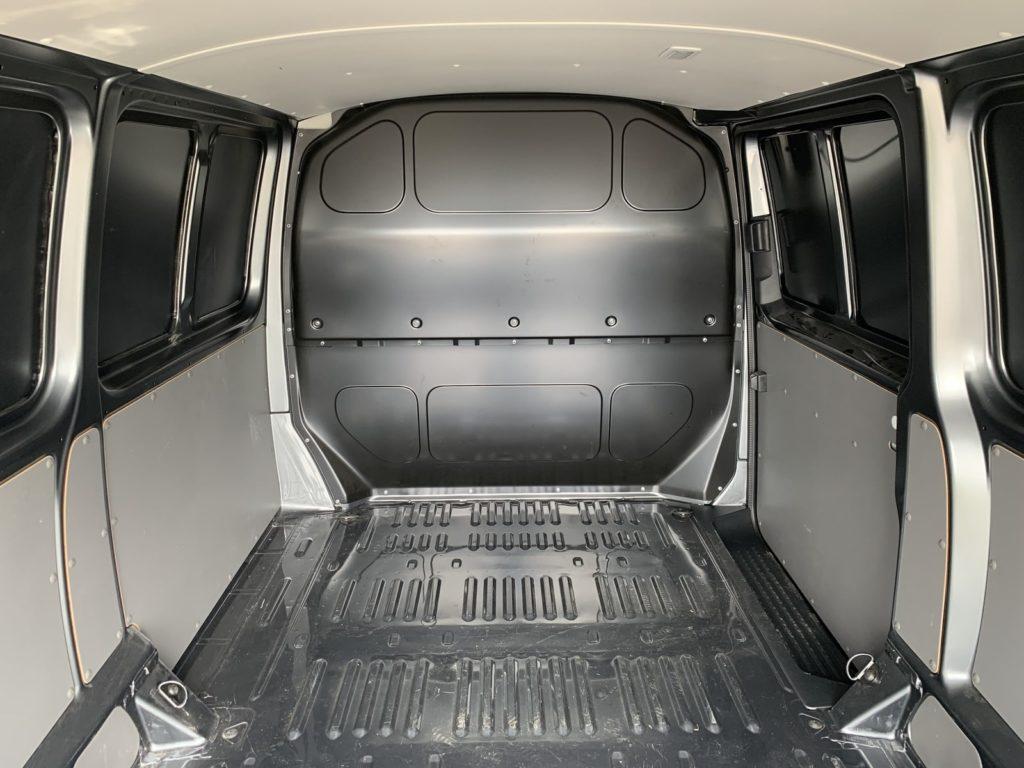Volkswagen Transporter 35 1024x768 Test: Volkswagen Transporter   zakładamy firmę!