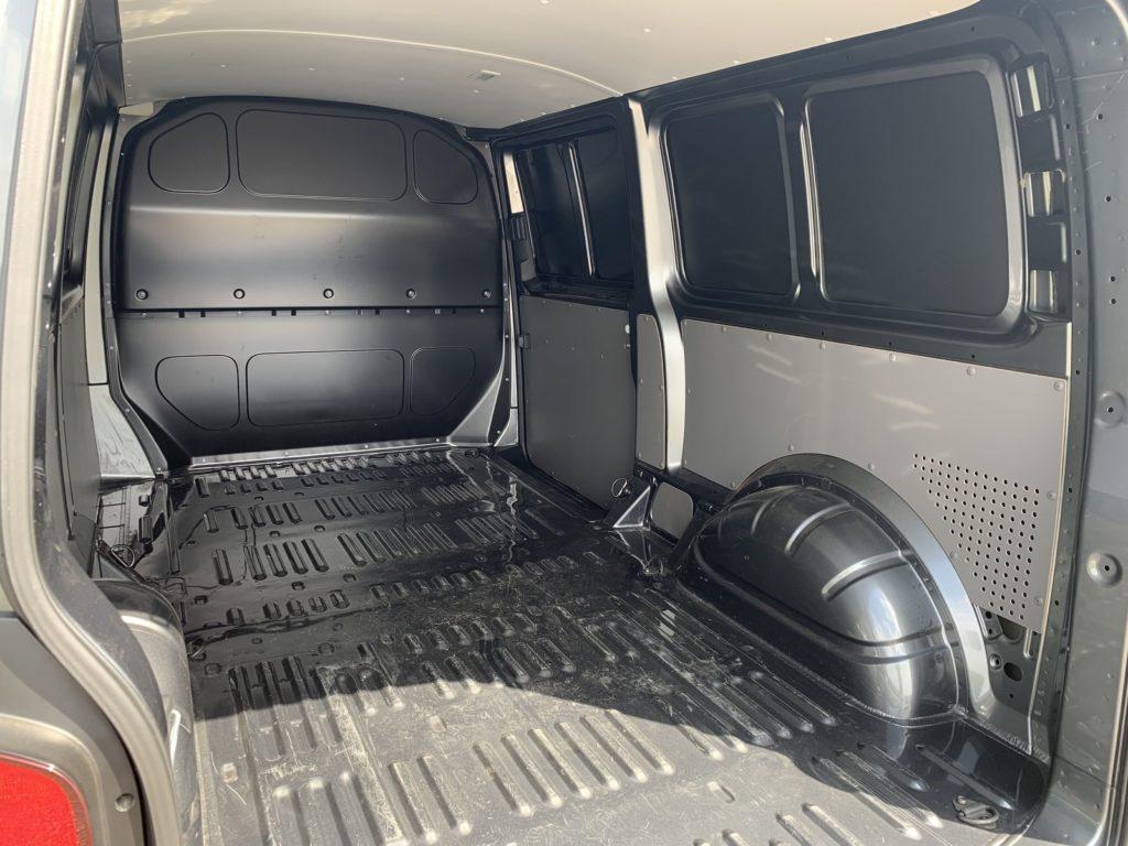 Volkswagen Transporter 36 1024x768 Test: Volkswagen Transporter   zakładamy firmę!