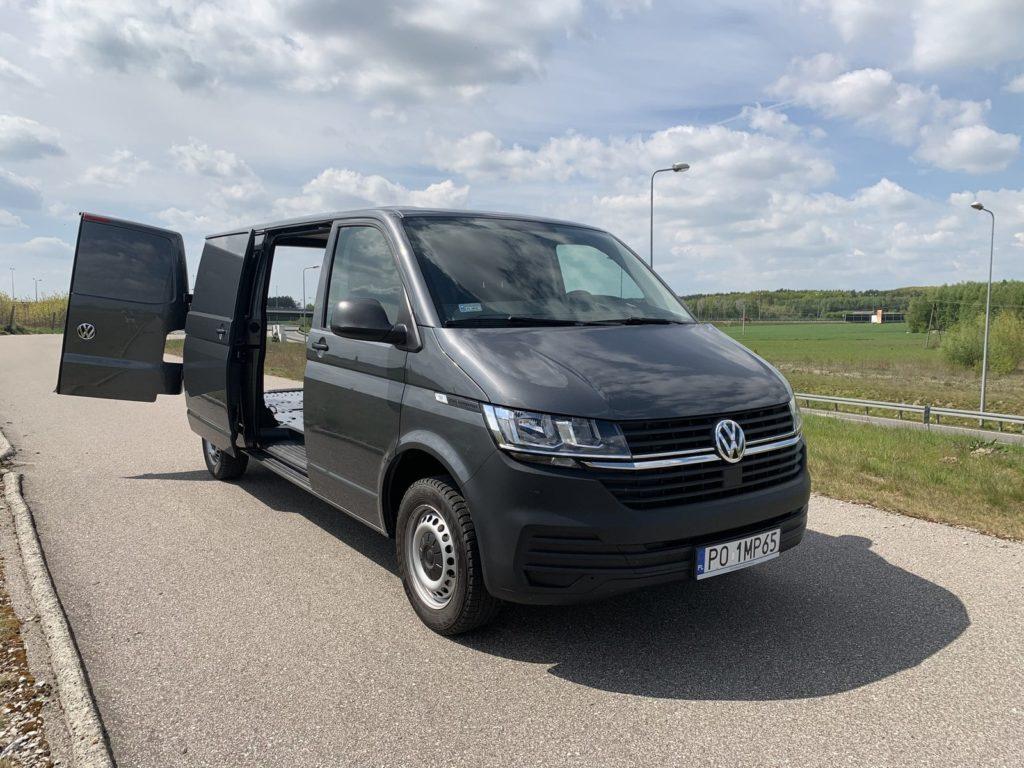 Volkswagen Transporter 6 1024x768 Test: Volkswagen Transporter   zakładamy firmę!