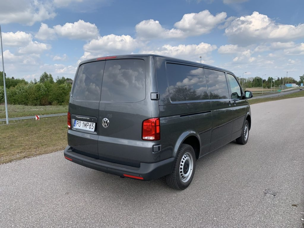 Volkswagen Transporter 9 1024x768 Test: Volkswagen Transporter   zakładamy firmę!
