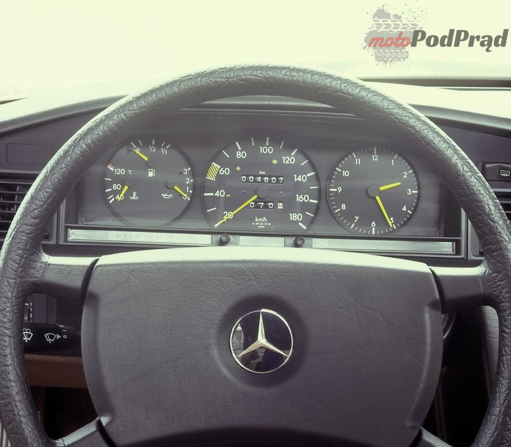 %name Fura na weekend   Mercedes Benz W201