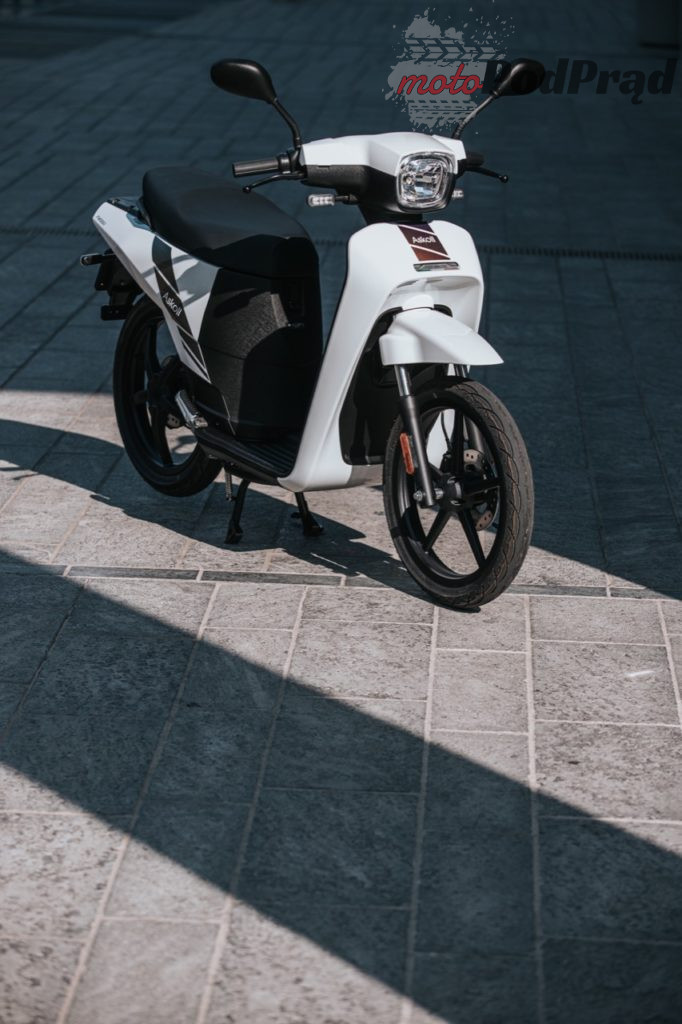 Askoll NGS2 19 682x1024 Askoll NGS   nowy elektryczny skuter prosto z Włoch