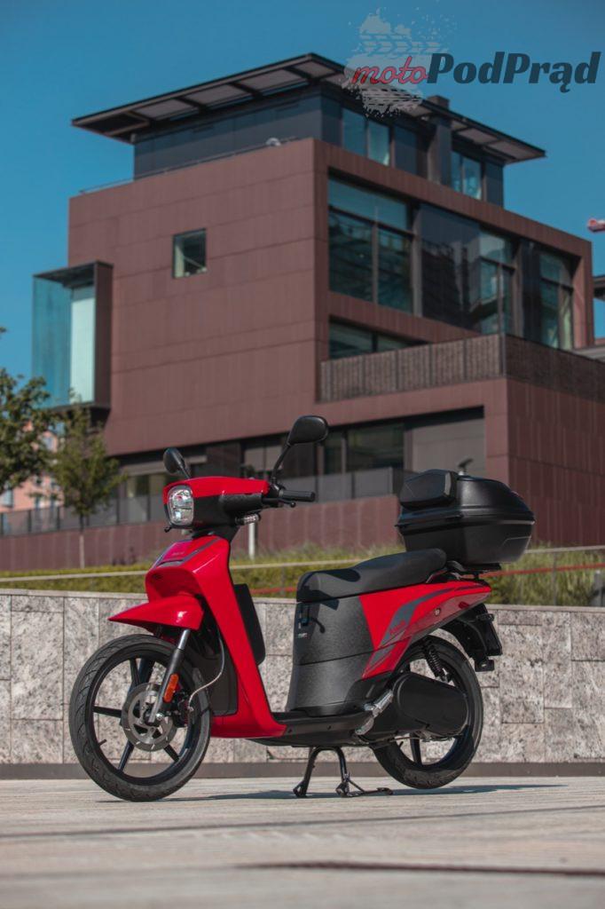 Askoll NGS3 2 682x1024 Askoll NGS   nowy elektryczny skuter prosto z Włoch
