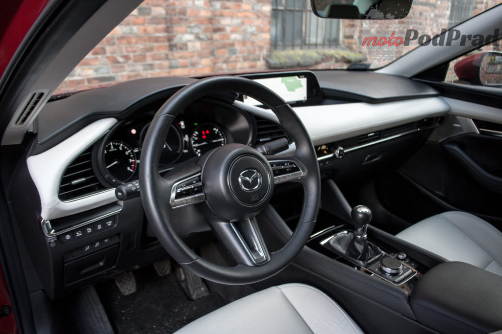 DSC 4336 1024x683 Test: Mazda 3 sedan Skyactiv X   kompakt bliski ideału
