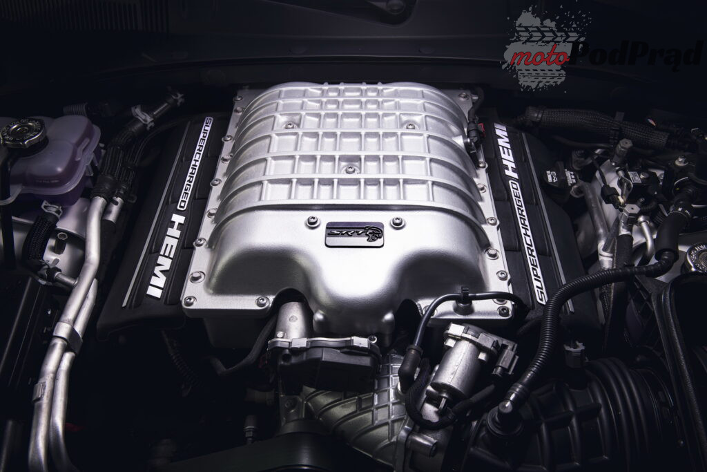 2021 Dodge Charger SRT Hellcat Redeye 11 1024x683 325 km/h w Dodge Charger SRT Hellcat Redeye
