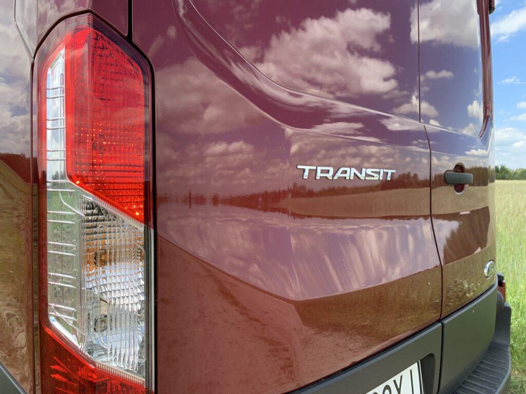 Ford Transit Furgon 35 1024x768 Test: Ford Transit Furgon L4H3 2.0 EcoBlue 185KM   detronizacja?