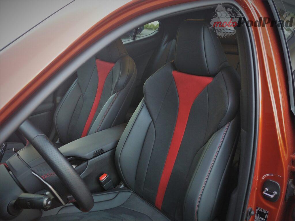 Lexus ux 10 1024x768 Test: Lexus UX 200   uzupełnienie gamy