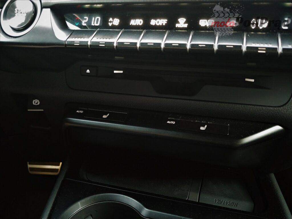 Lexus ux 3 1024x768 Test: Lexus UX 200   uzupełnienie gamy