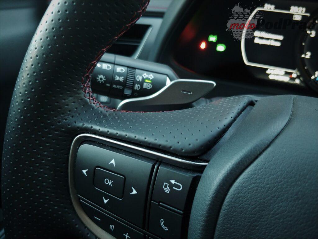 Lexus ux 4 1024x768 Test: Lexus UX 200   uzupełnienie gamy