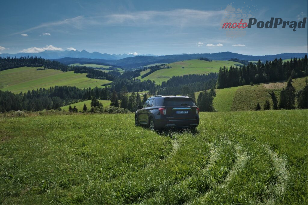Ford Explorer 13 1024x682