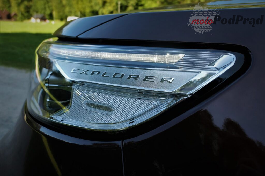 Ford Explorer 18 1024x682