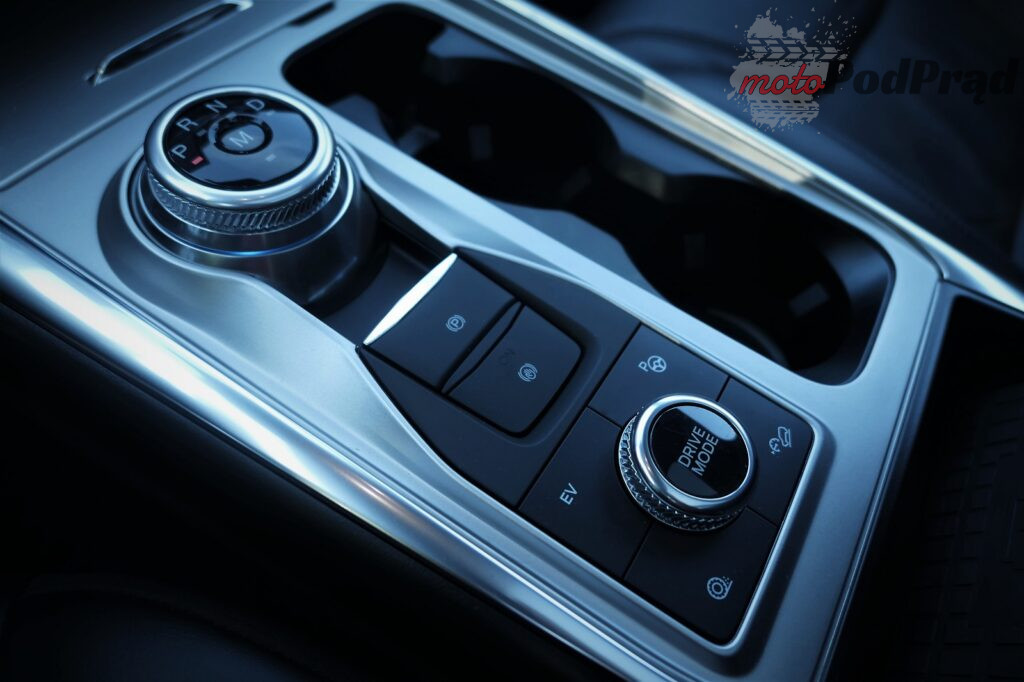 Ford Explorer 19 1024x682