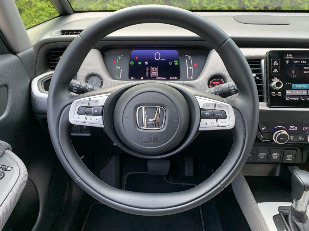 Honda Jazz Crosstar Executive 30 1024x768