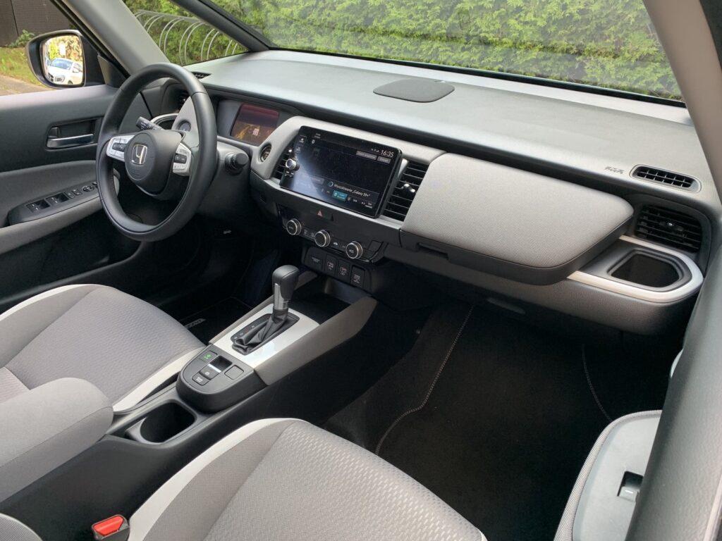 Honda Jazz Crosstar Executive 31 1024x768