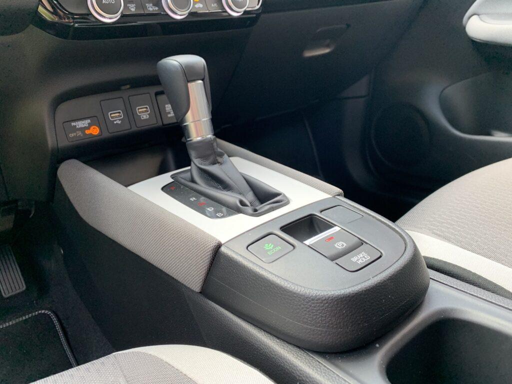 Honda Jazz Crosstar Executive 38 1024x768