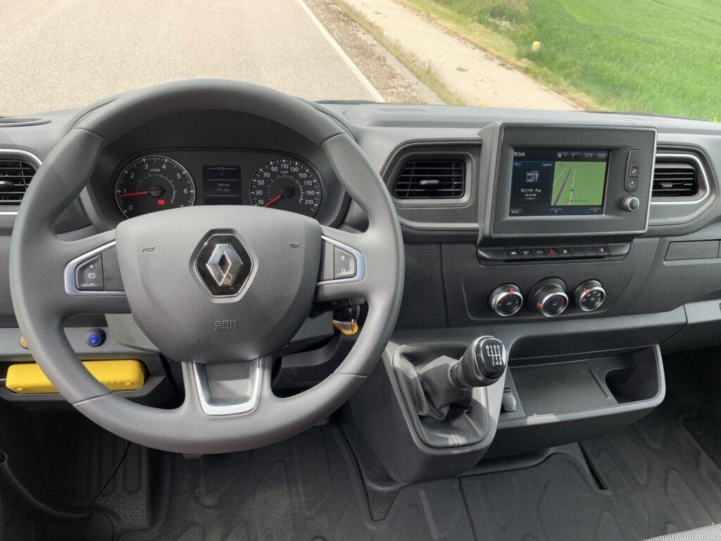 Renault Master autostradowy 71 1024x768