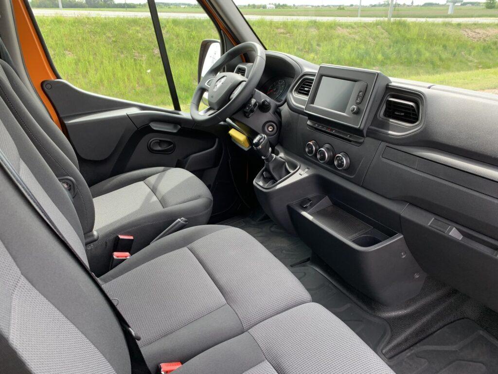 Renault Master autostradowy 73 1024x768