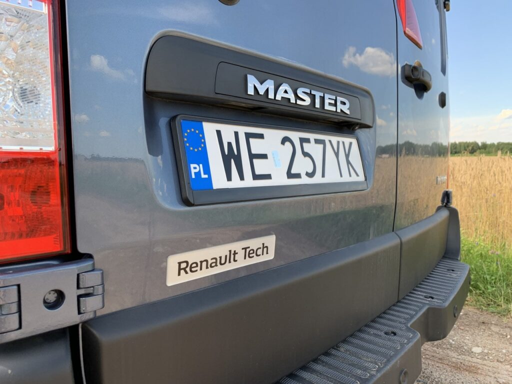Renault Master kurier 29 1024x768