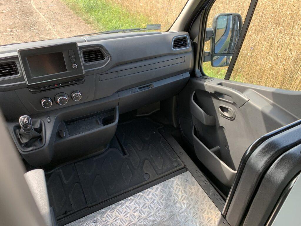 Renault Master kurier 41 1024x768