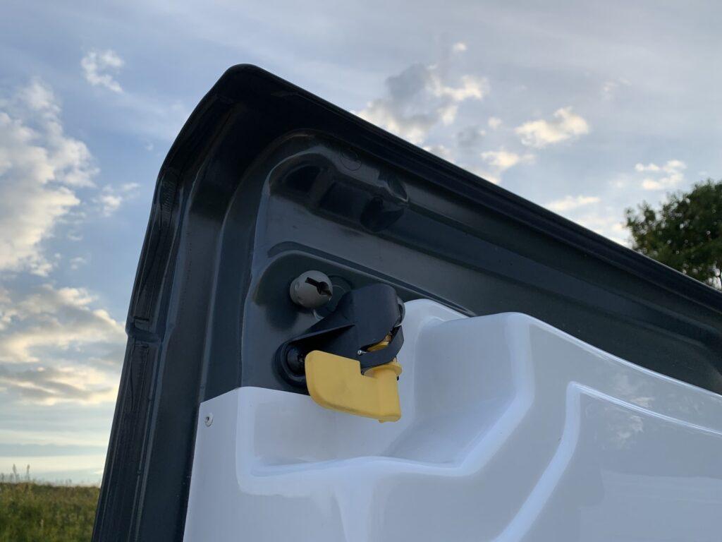 Renault Trafic Izoterma CarPol 32 1024x768