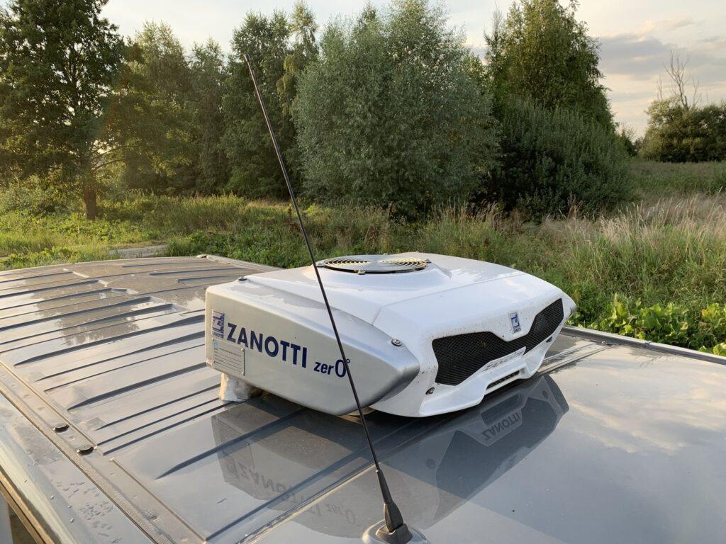 Renault Trafic Izoterma CarPol 35 1024x768