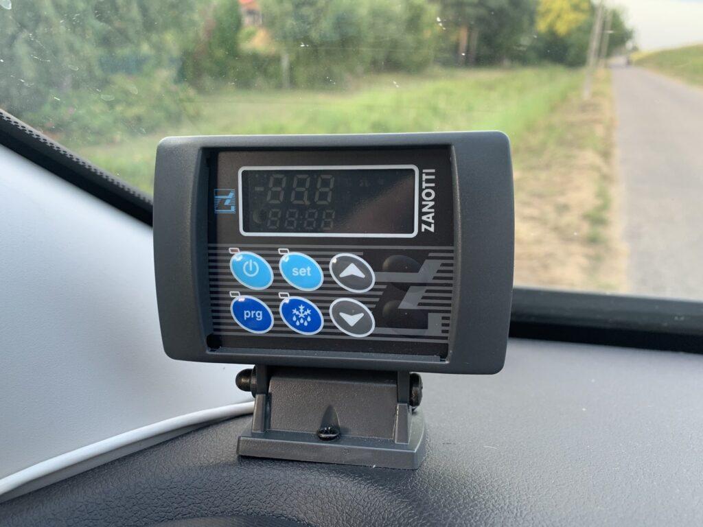 Renault Trafic Izoterma CarPol 55 1024x768