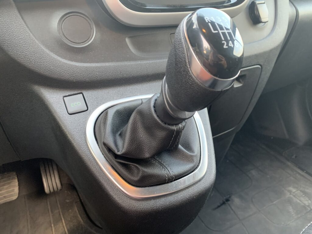 Renault Trafic Izoterma CarPol 59 1024x768