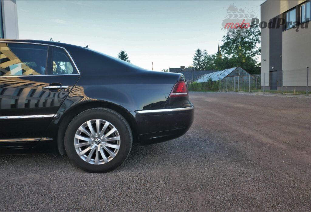 Volkswagen Phaeton 20 1024x699 5 minut z... Volkswagen Phaeton