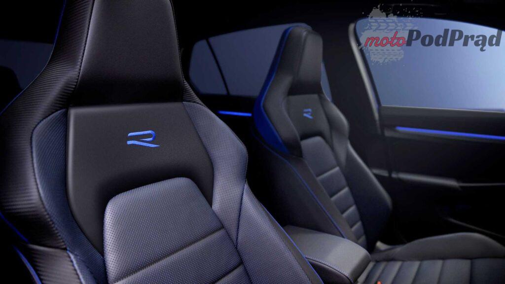 2022 volkswagen golf r interior 1 1024x576