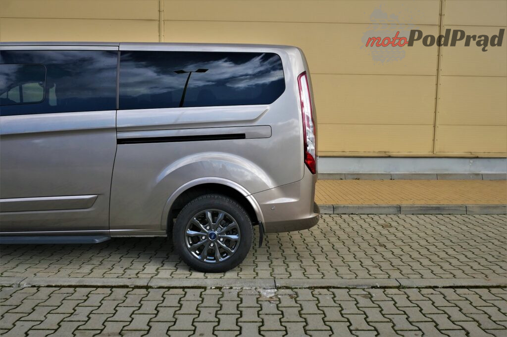 Ford Tourneo Custom 36 1024x682