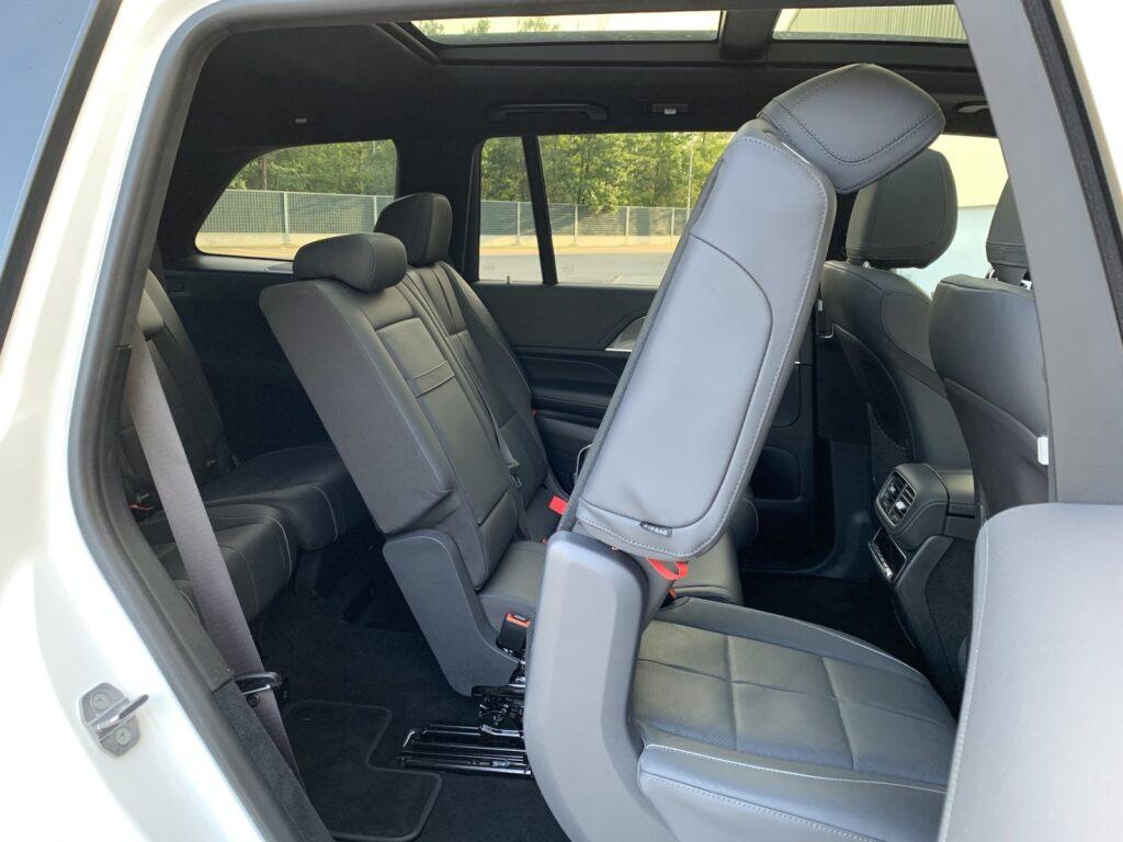 Mercedes GLS 400d 32 1024x768