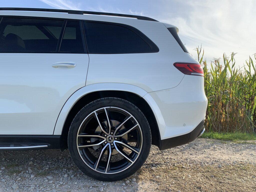 Mercedes GLS 400d 8 1024x768