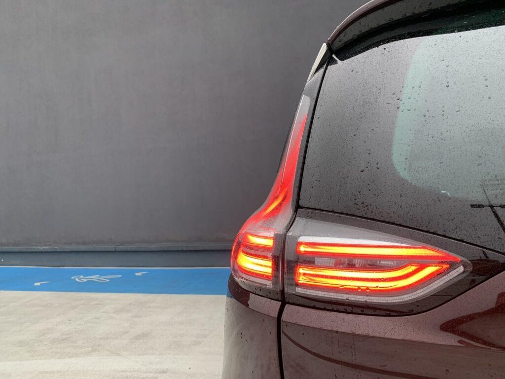 Renault Espace ininitiale 1.8 21 1024x768