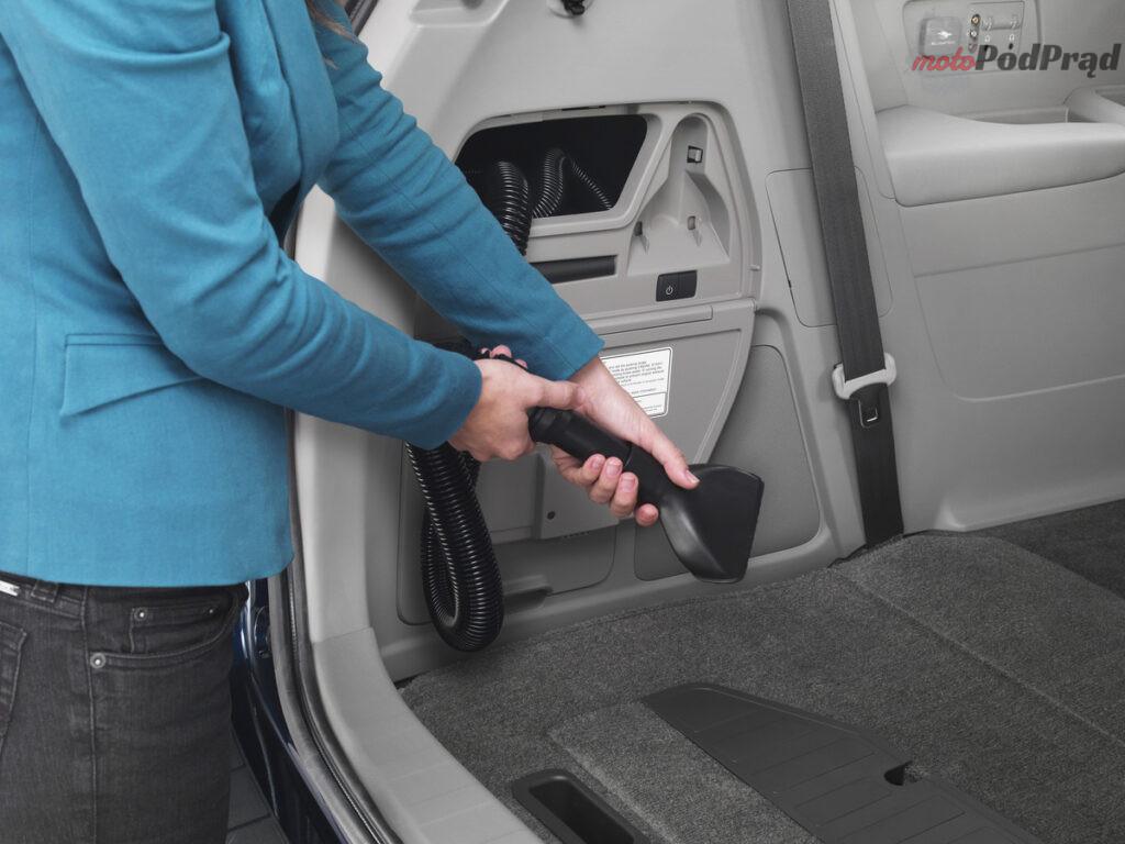 2014 Honda Odyssey Touring Elite 10 1200x900 1 1024x768