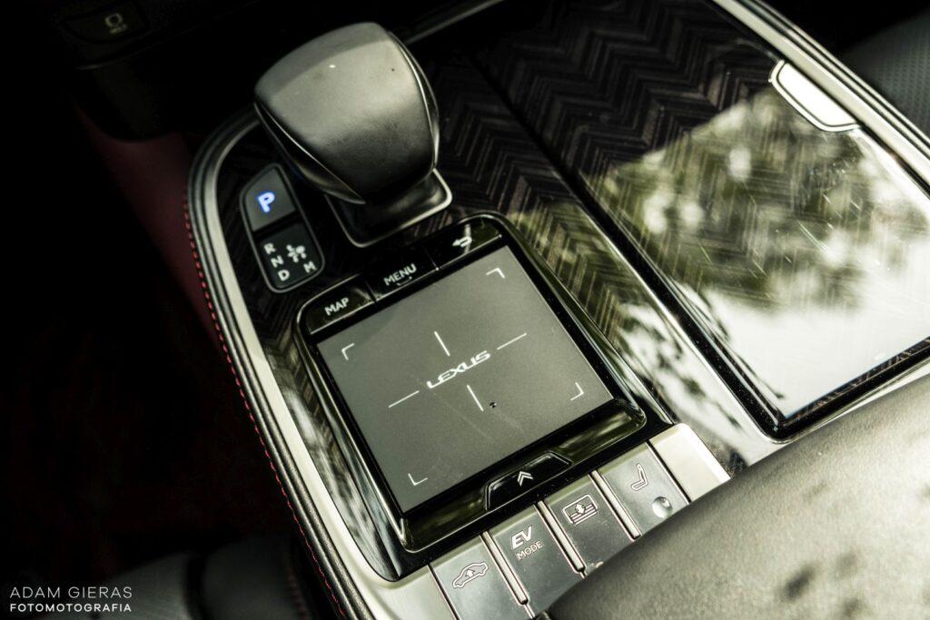 Lexus LS 500h 16 1024x683