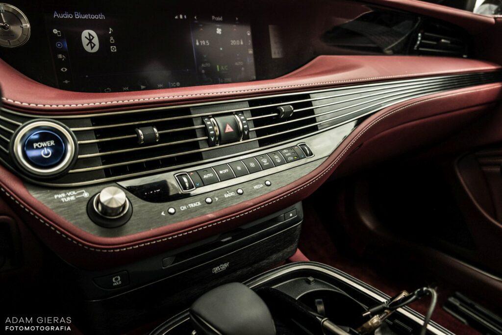 Lexus LS 500h 34 1024x683