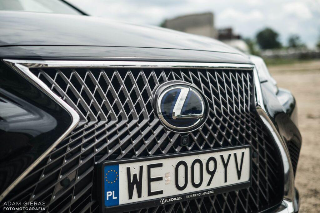 Lexus LS 500h 40 1024x683
