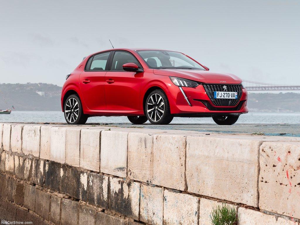 Peugeot 208 2020 1024 04