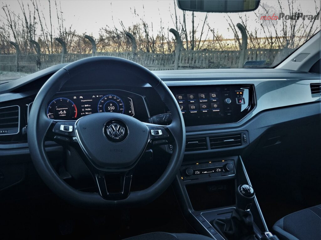 Volkswagen Polo 16 1024x768