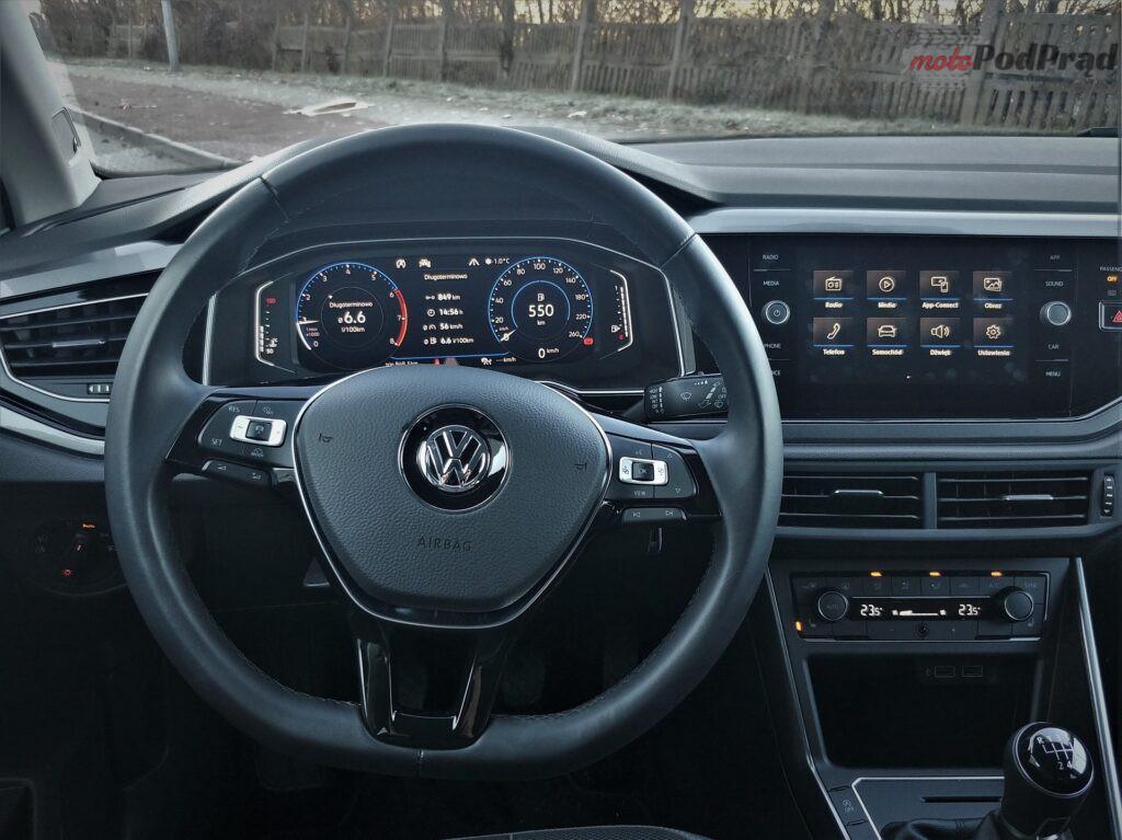 Volkswagen Polo 17 1024x767